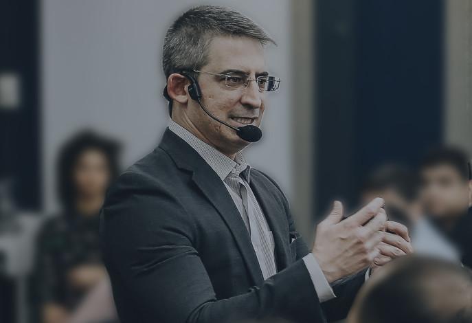 Luiz Azeredo Costa palestrante